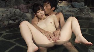 Ambitious teen diva Yui Kasugano has a nice smile and nice oral fun skills