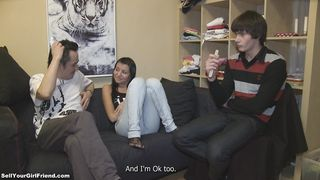 Dissolute Karen gave a nice blowjob to a dude just for fun
