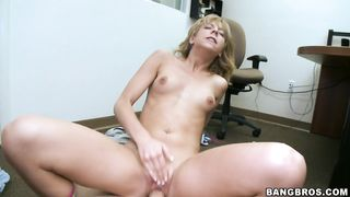 Beguiling brunette Chastity Lynn gets her shaved cuchy fucked hard