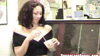Stunning chick Denise gets her shaved box eaten and gives a blowjob